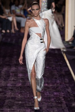 atelier-versace-2014-fall-haute-couture-show29
