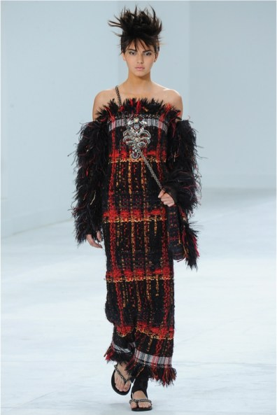chanel-haute-couture-2014-fall-show26