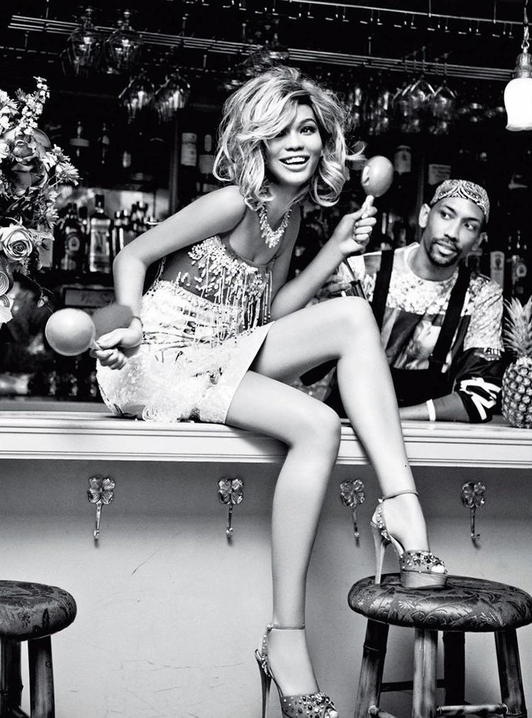 chanel iman blonde photos6 Chanel Iman Goes Blonde for Ellen Von Unwerth in Glamour Italia Shoot