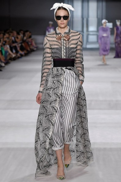 giambattista-valli-fall-2014-haute-couture-show26
