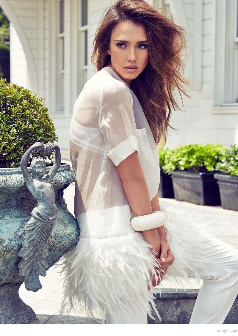 jessica alba cosmo photo shoot04 Jessica Alba Poses Poolside for Cosmopolitan Turkey by Ergin Turunc