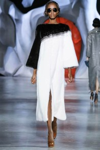 ulyana-sergeenko-2014-fall-haute-couture-show37