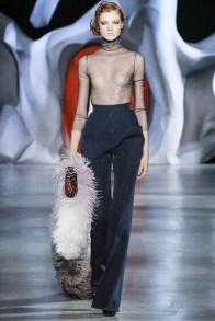 ulyana-sergeenko-2014-fall-haute-couture-show38