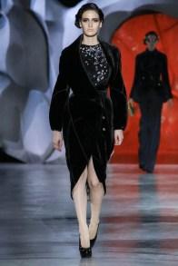 ulyana-sergeenko-2014-fall-haute-couture-show5