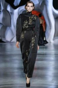 ulyana-sergeenko-2014-fall-haute-couture-show6