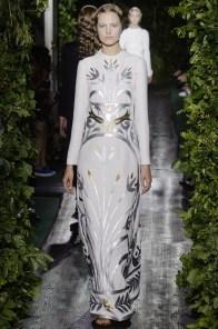 valentino-2014-fall-haute-couture-show15