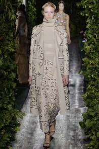 valentino-2014-fall-haute-couture-show48