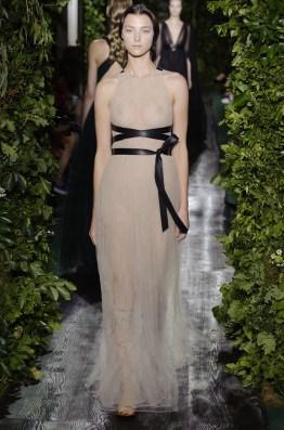 valentino-2014-fall-haute-couture-show57
