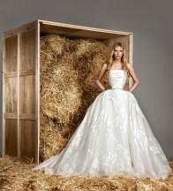 zuhair-murad-2015-bridal-photos17