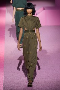marc-jacobs-2015-spring-summer-runway-show35