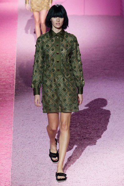 marc-jacobs-2015-spring-summer-runway-show38