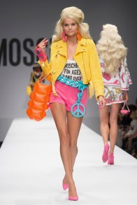 moschino-2015-spring-summer-runway028