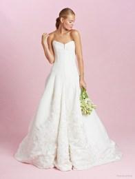 oscar-de-la-renta-2015-fall-wedding-dresses-photos02