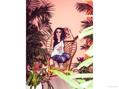 selena-gomez-adidas-neo-summer-2015-clothing02
