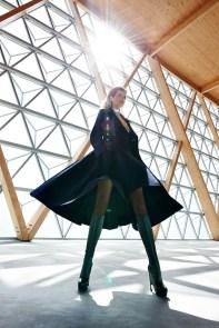 Tereza-Maxova-ELLE-Czech-September-2015-Cover-Editorial10