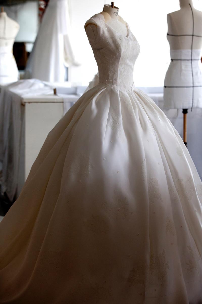 Angelababy Wedding Dress Photos See Angelababys Dior Gown