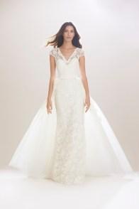 A look from Carolina Herrera's fall 2016 bridal collection