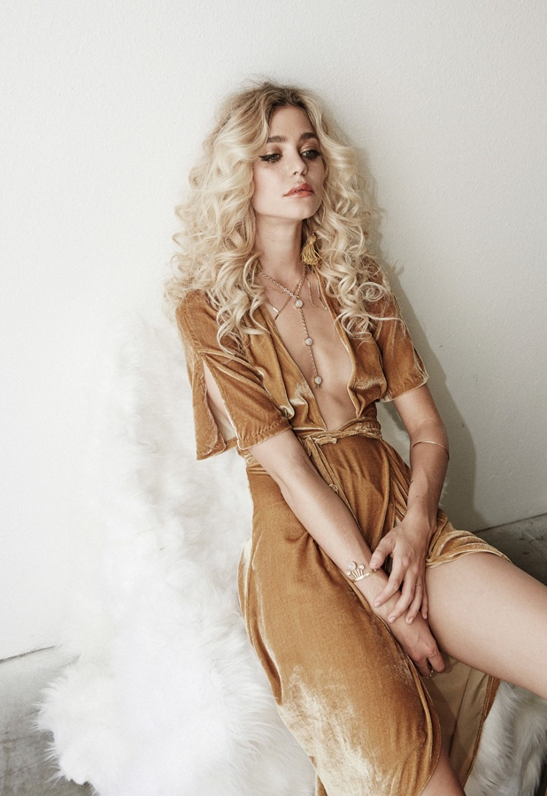 Lili Claspe Winter 2015 Jewelry 1970s Inspired Looks
