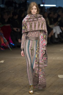 Missoni-2016-Fall-Winter-Runway24