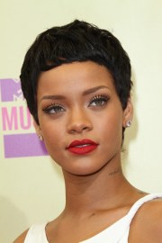 rihanna hairstyles of rihanna's