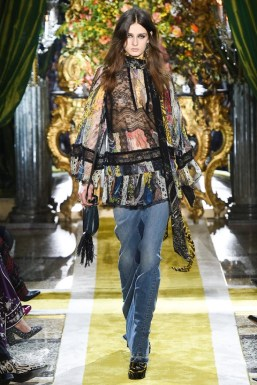 Roberto-Cavalli-2016-Fall-Winter-Runway30