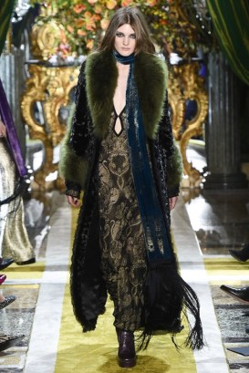 Roberto-Cavalli-2016-Fall-Winter-Runway41