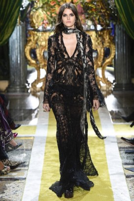 Roberto-Cavalli-2016-Fall-Winter-Runway51