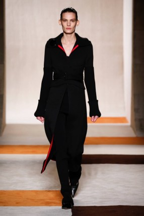 Victoria-Beckham-2016-Fall-Winter-Runway28
