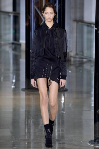 Anthony-Vaccarello-2016-Fall-Winter-Runway13