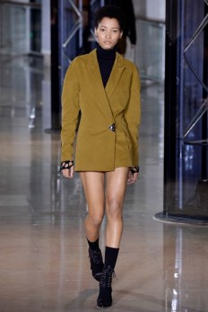 Anthony-Vaccarello-2016-Fall-Winter-Runway16