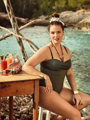 Candice-Huffine-Violeta-Mango-Bikinis-2016-Campaign11