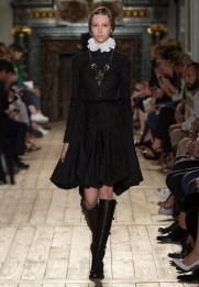 Valentino-Haute-Couture-2016-Fall-Runway-Show07