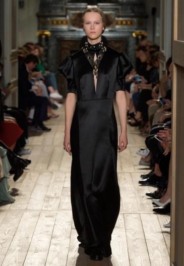 Valentino-Haute-Couture-2016-Fall-Runway-Show20