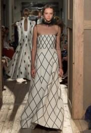 Valentino-Haute-Couture-2016-Fall-Runway-Show46