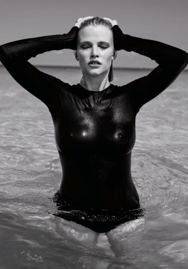Lara-Stone-2016-Editorial-The-Daily-Magazine-008