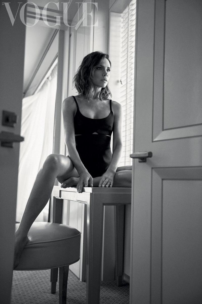 Victoria Beckham Vogue UK October 2016 Photoshoot