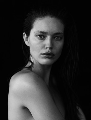Emily-DiDonato-Nude-Narcisse-Magazine-Spring-Summer-2017-Cover-Editorial19