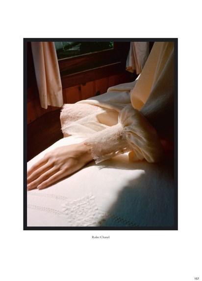Halston-Sage-So-It-Goes-Magazine-2017-Photoshoot09