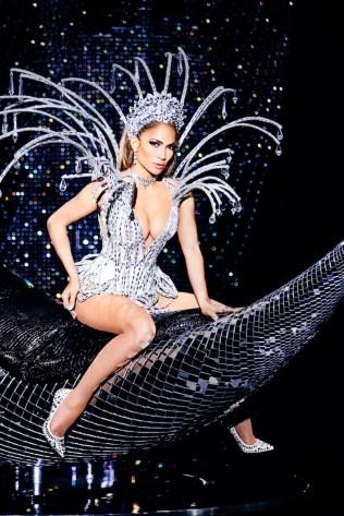 Jennifer-Lopez-Paper-Magazine-2017-Cover-Photoshoot06