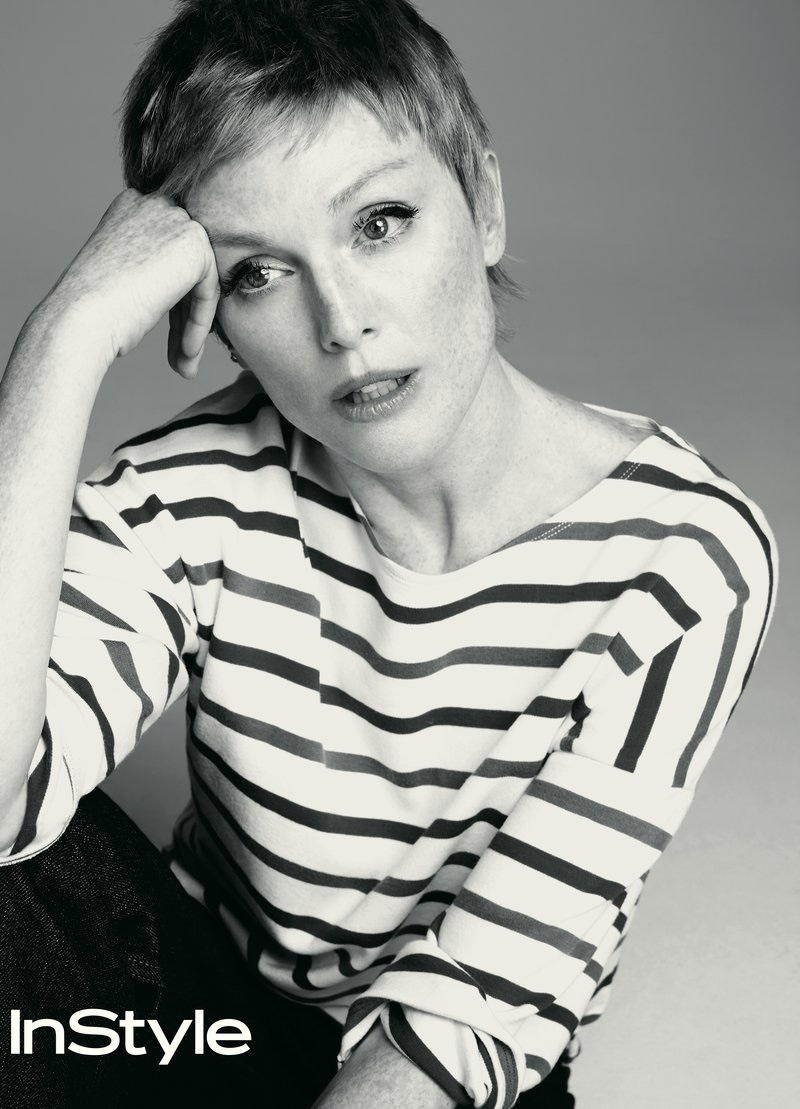 Actress Julianne Moore wears La Ligne striped shirt and Dior jeans