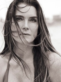 Brooke-Shields-PORTER-Edit-Cover-Photoshoot04