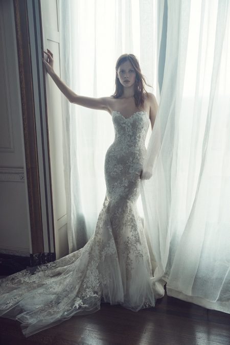 Monique Lhuillier Bridal Fall 2019 Wedding Dresses