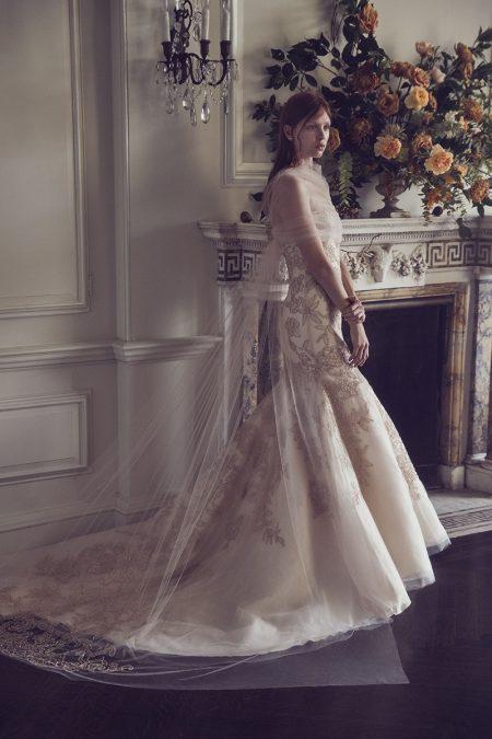 Monique Lhuillier Bridal Fall 2019 Wedding Dresses  Fashion Gone Rogue