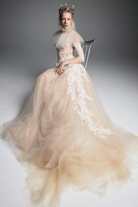 Vera Wang Bridal Fall 2019 Wedding Dresses  Fashion Gone