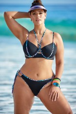 Ashley-Graham-Swimsuits-For-All-Resort-2019-Campaign06