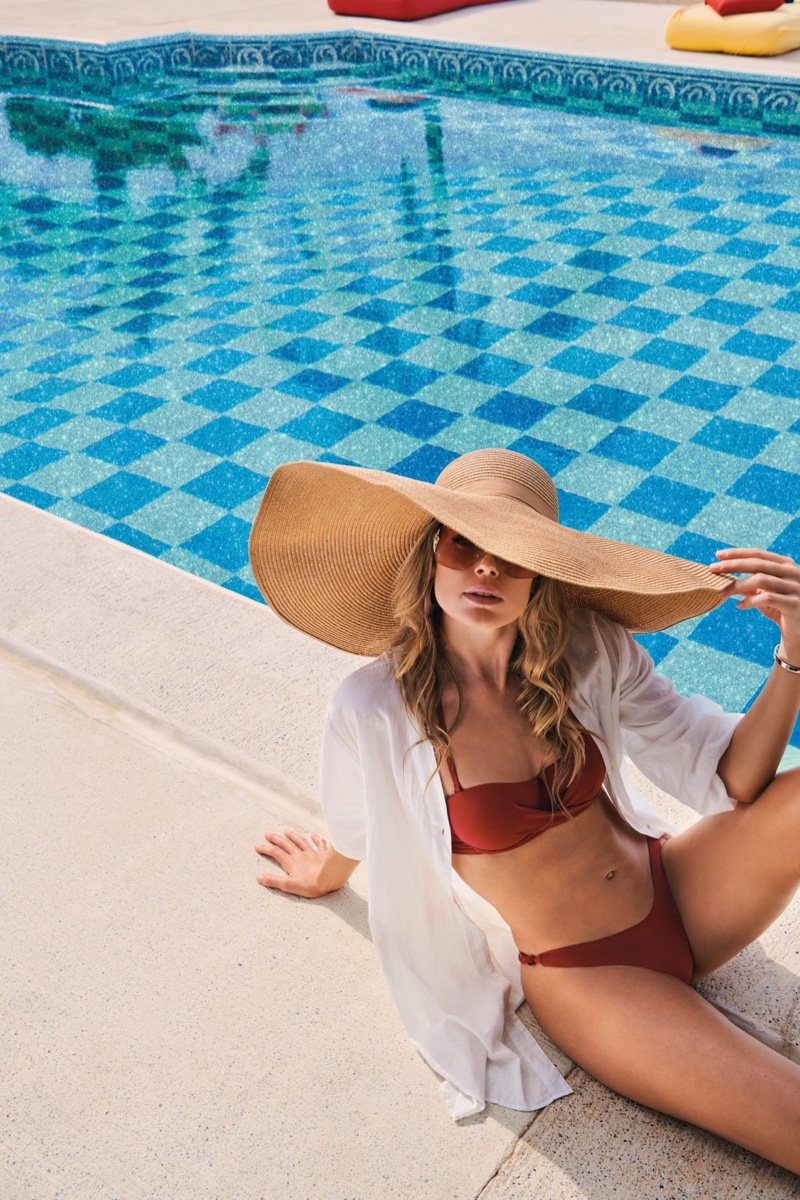 Doutzen Kroes Takes a Dip in Hunkemoller Swim Summer '20 Campaign