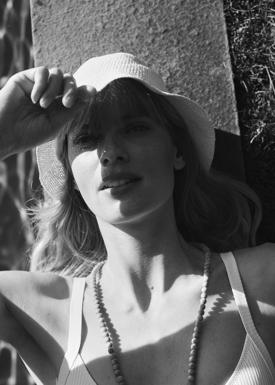 Julia Stegner Soaks Up the Sun in Mango's Summer Looks