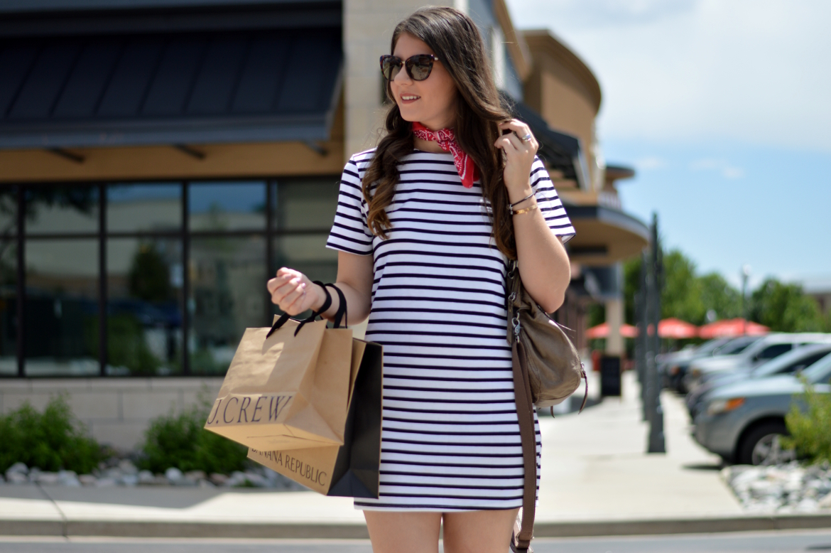 LABOR DAY SALES GUIDE by Fashion in Flight black and white stripe t-shirt SHEIN DRESS brown gold studded TARGET FLATS brown hobo the sak bag vintage red bandana brown curly hair kate spade tortoise sunglasses colorado springs colorado blogger style fashion lifestyle beauty blog blogger entrepreneur girl boss brunette