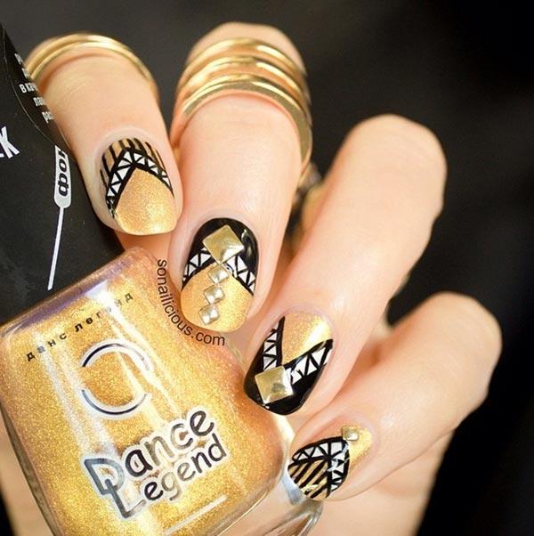 Golden Gliter Nail Art 6