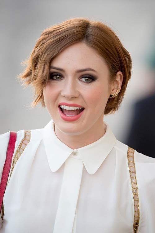 20 Short Hairstyles Celebs Love to Wear: Karen Gillan